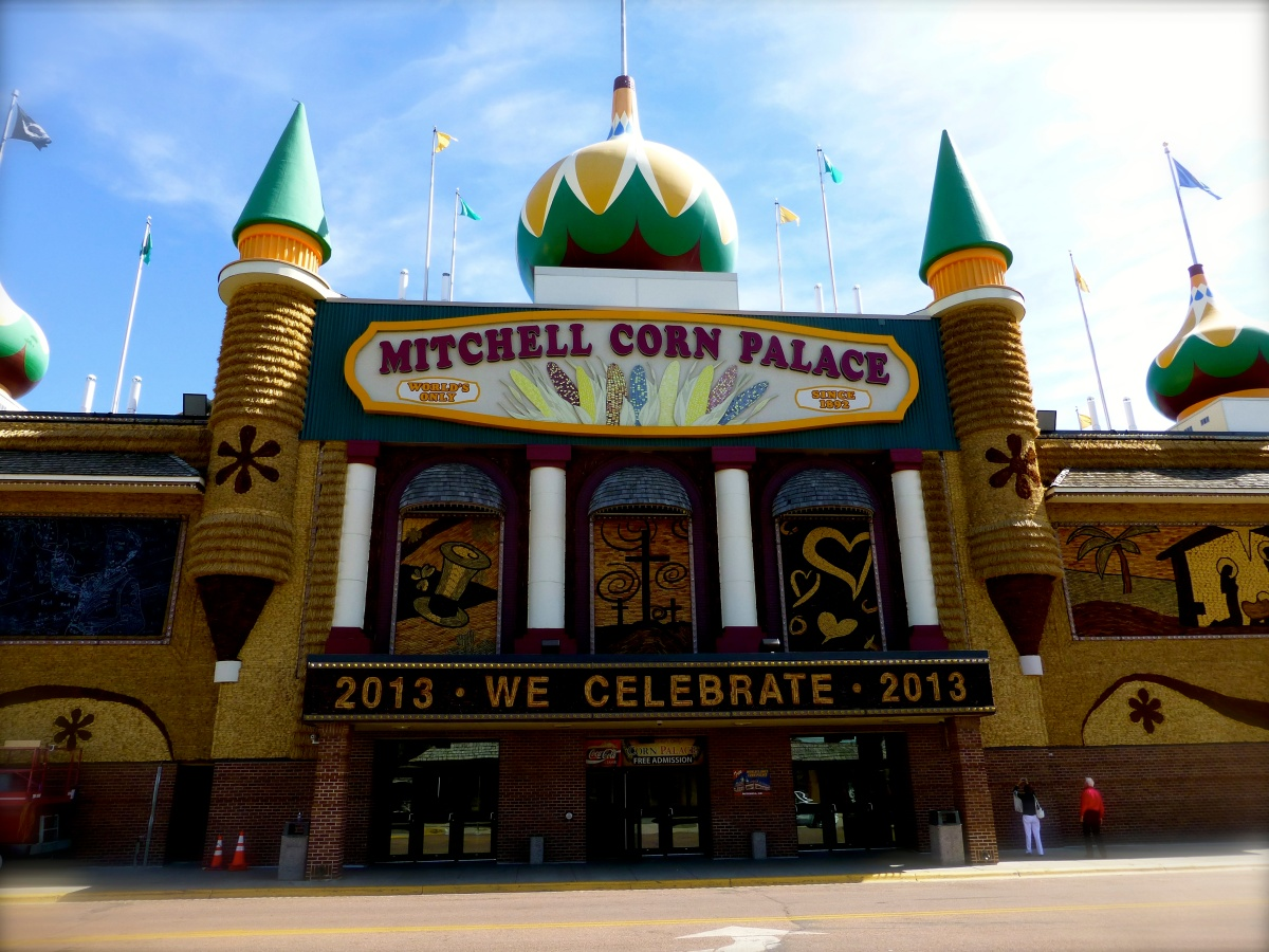 South Dakota and Minnesota: Corn Palace and...Corn