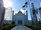 ::Sultan Omar Ali Saifuddin Mosque::