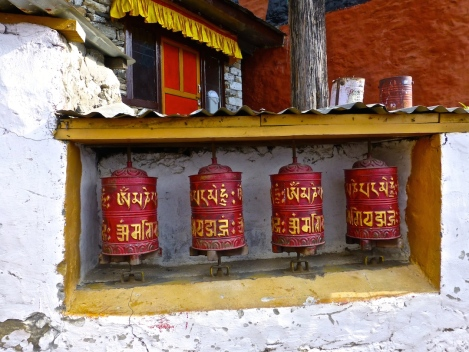 ::getting our final bits of good luck spinning the Tibetan prayer wheels::