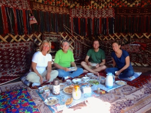 ::lunch in the yurt::