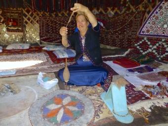 ::making yarn::